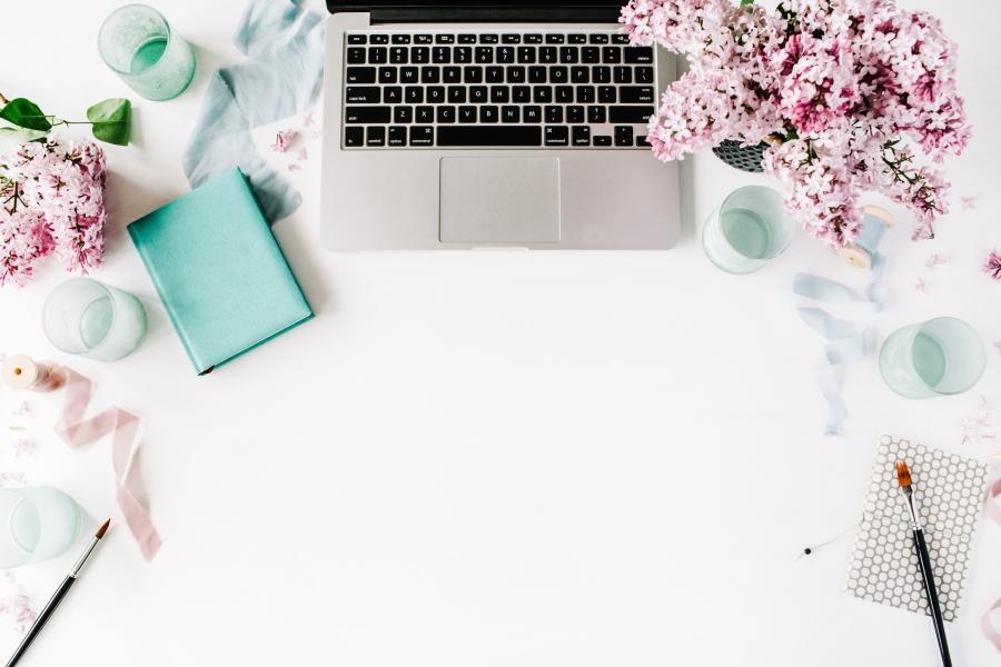 laptop flowers